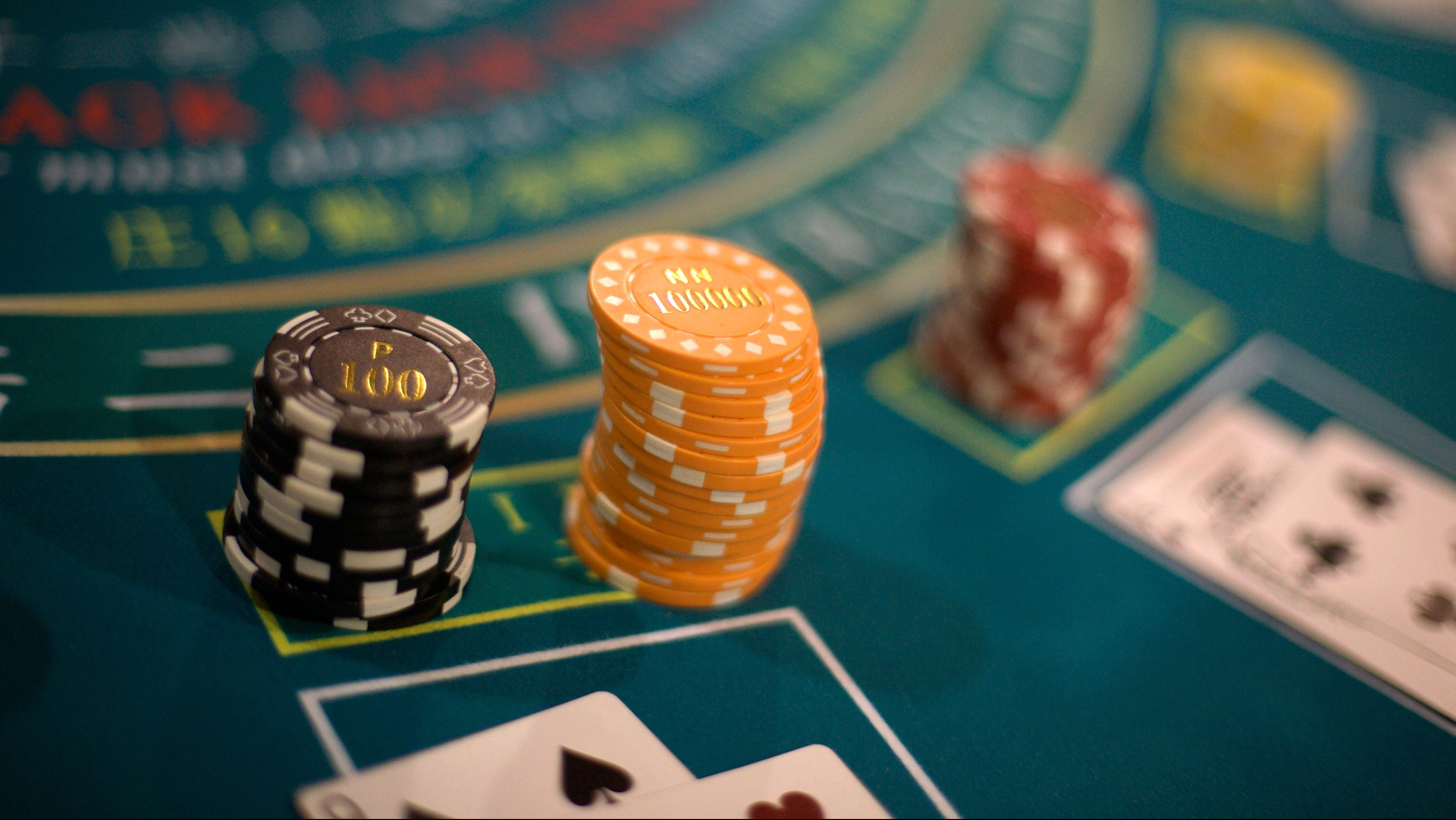 Gambling capital Macau is paying its people $1,250 to share the wealth —  Quartz