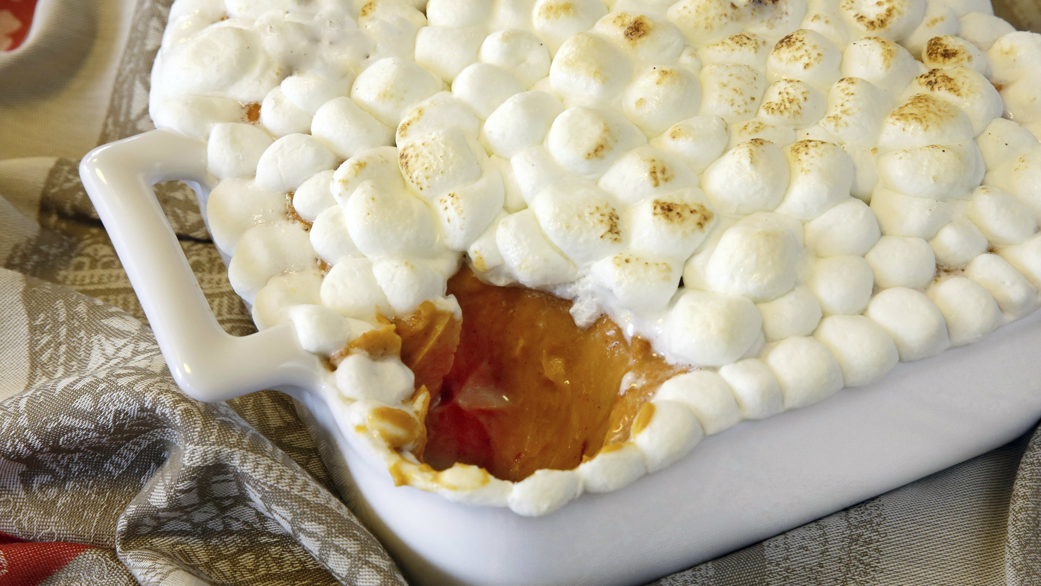 Recipe for sweet potato souffle with marshmallows on top