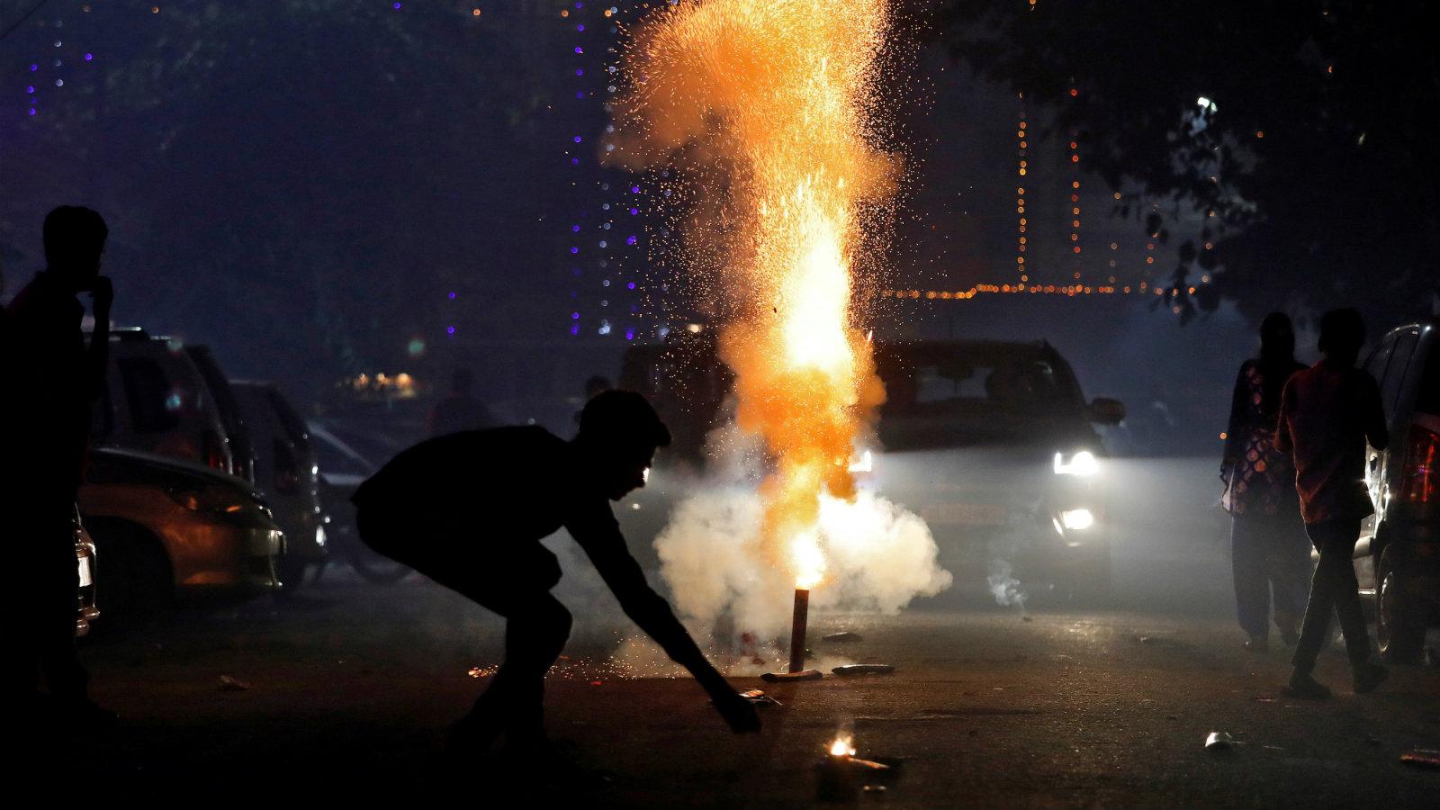 India-Diwali-Delhi-pollution-firecrackers