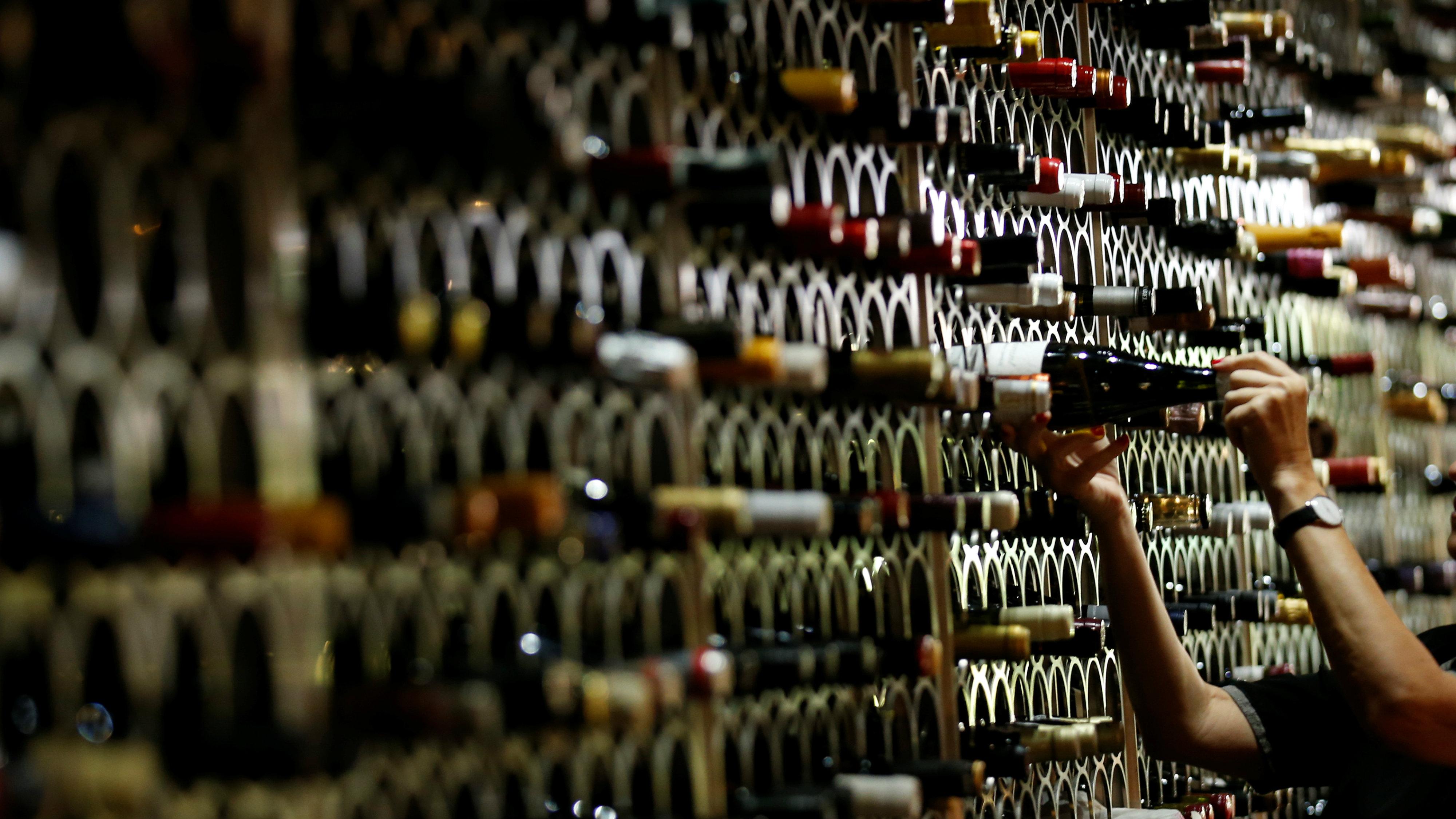 The Uk Is Stockpiling Wine Ahead Of Brexit Quartz