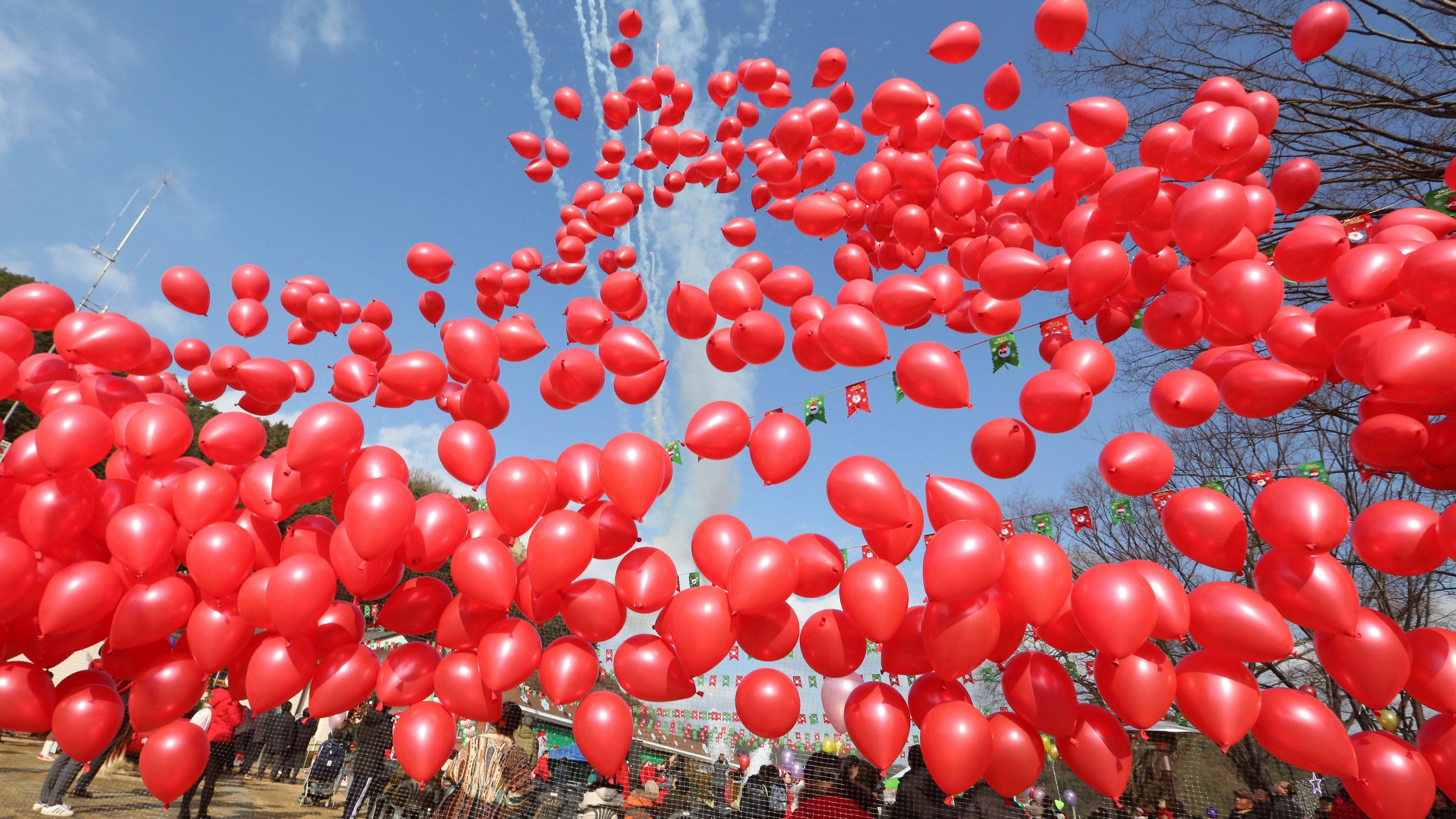 Party Balloons Following Plastic Straws As Environmental Hazard Quartz