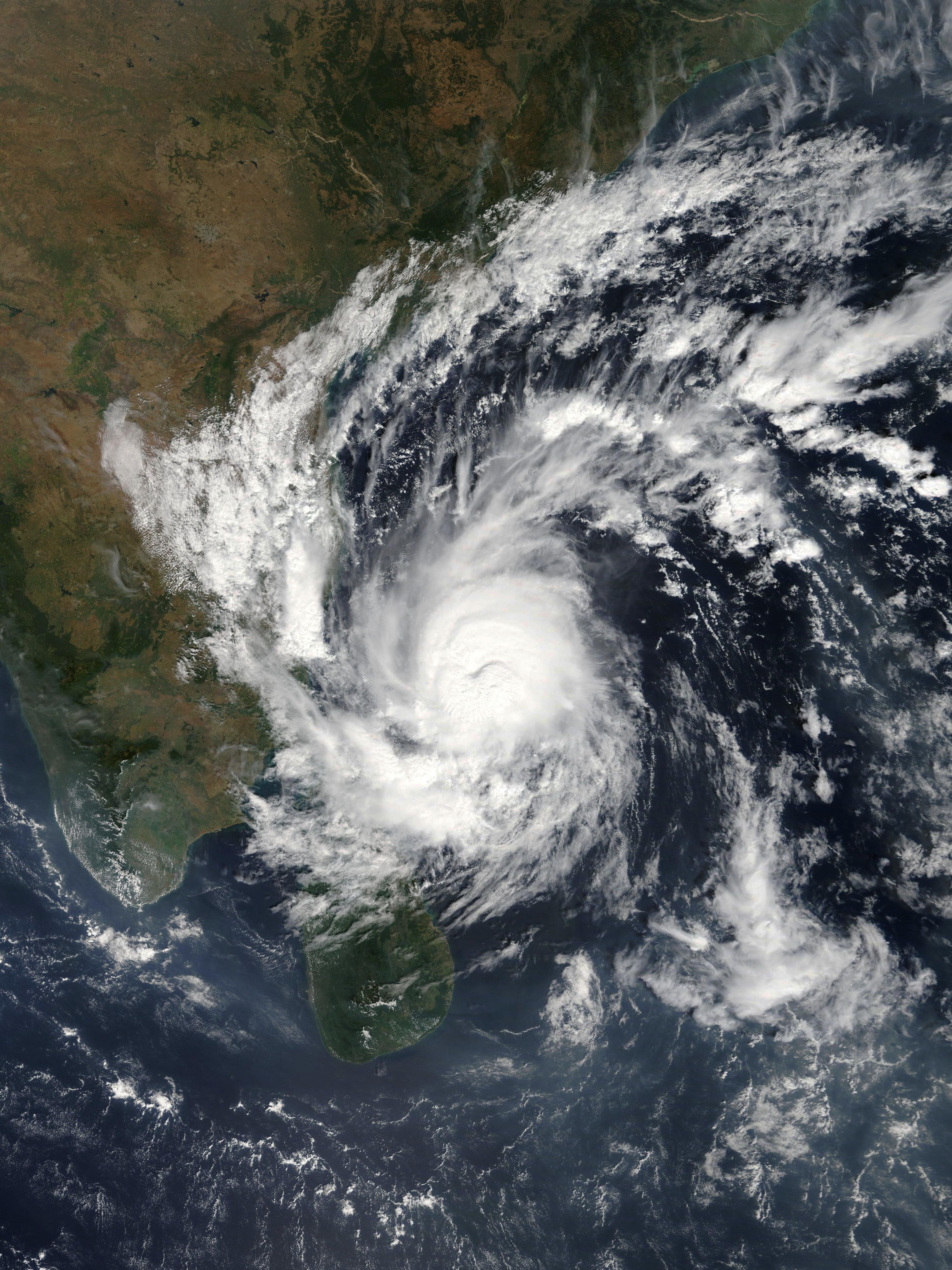 India-weather-storm-Gaja-cylone