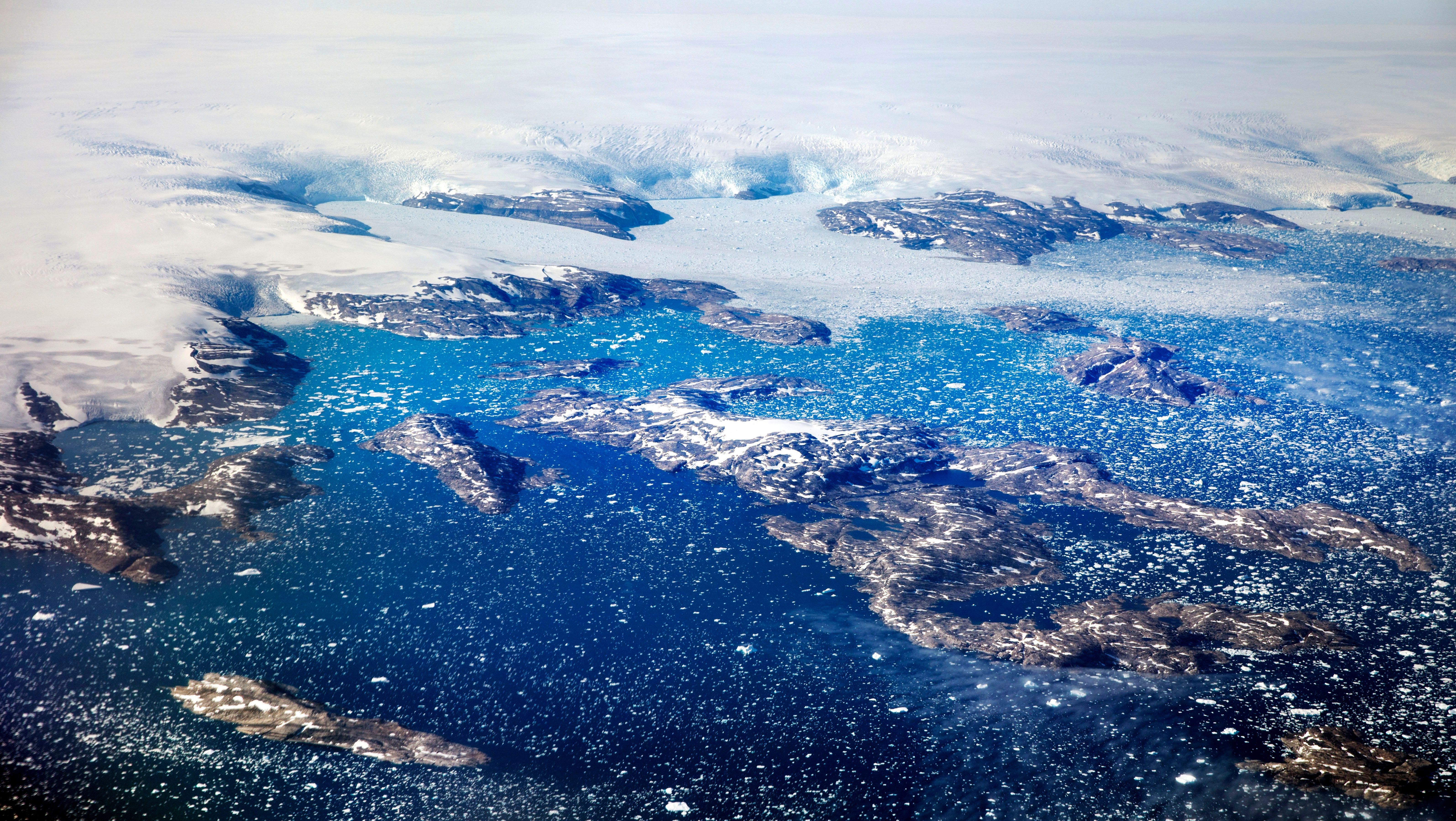Een Warme Winter : Greenland is melting even in winter and canada s glaciers are