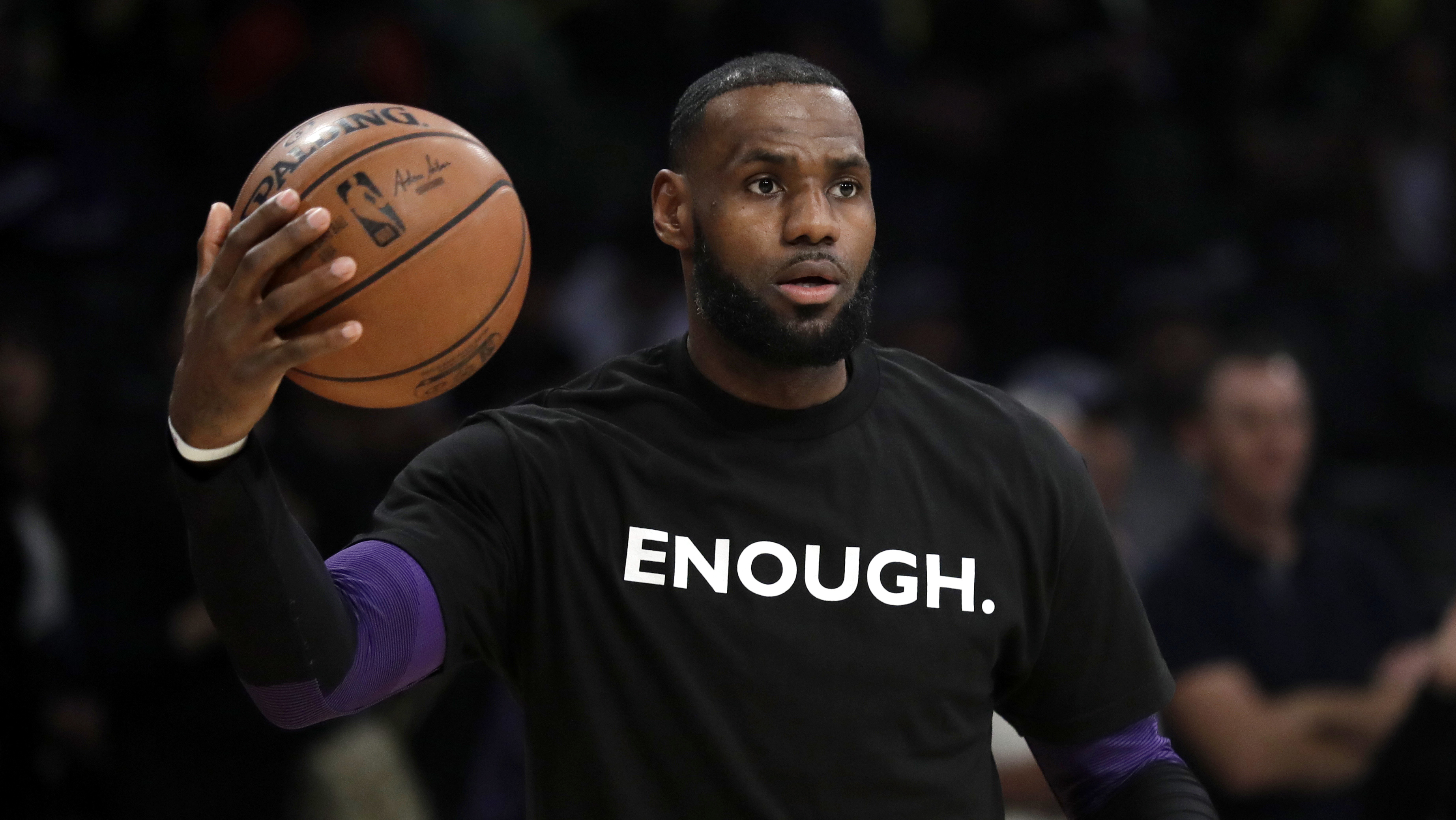 3c6059555e6 LeBron James says NFL owners have