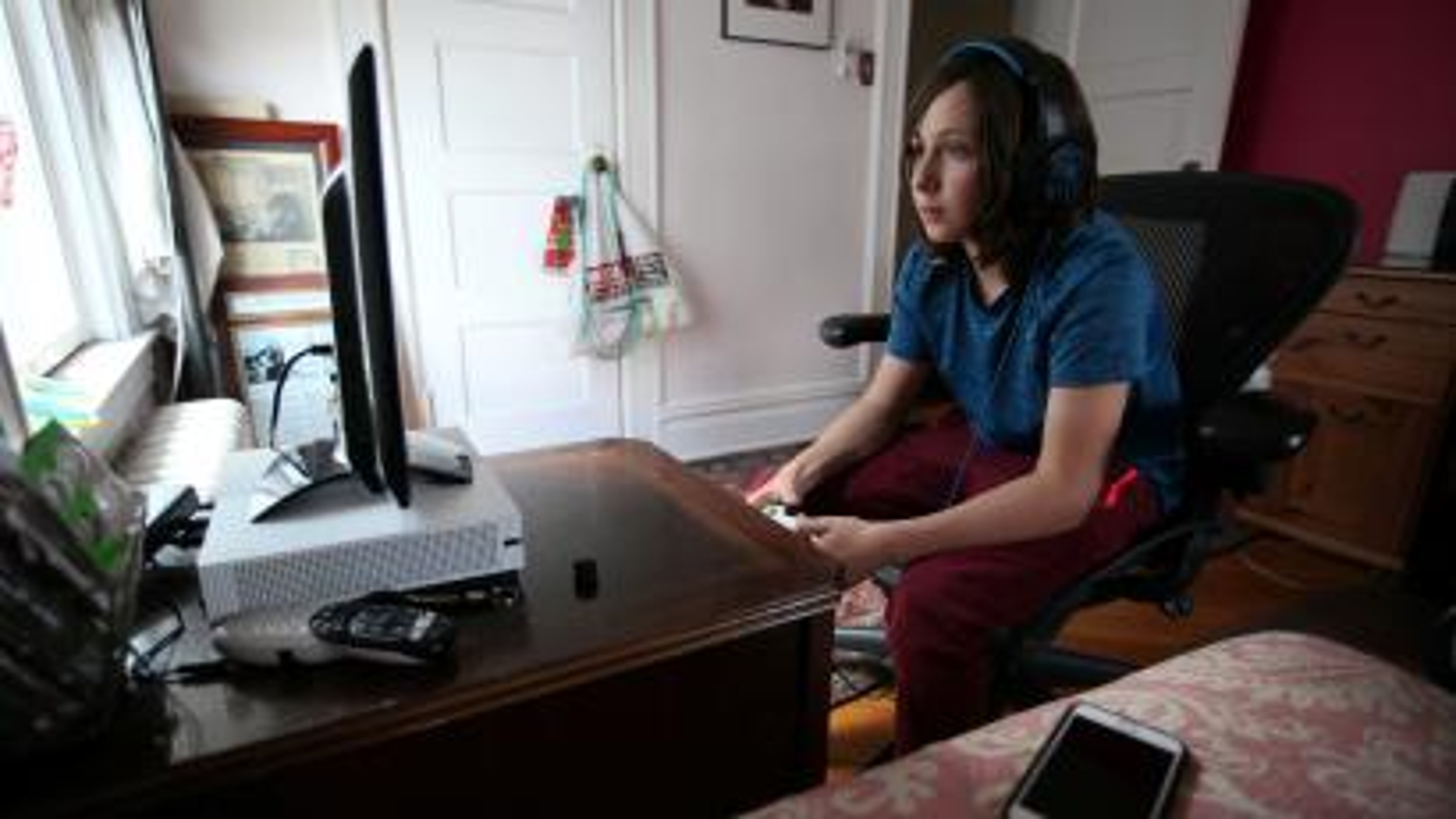 Xbox has new Fortnite cross-play settings for parental control — Quartzy