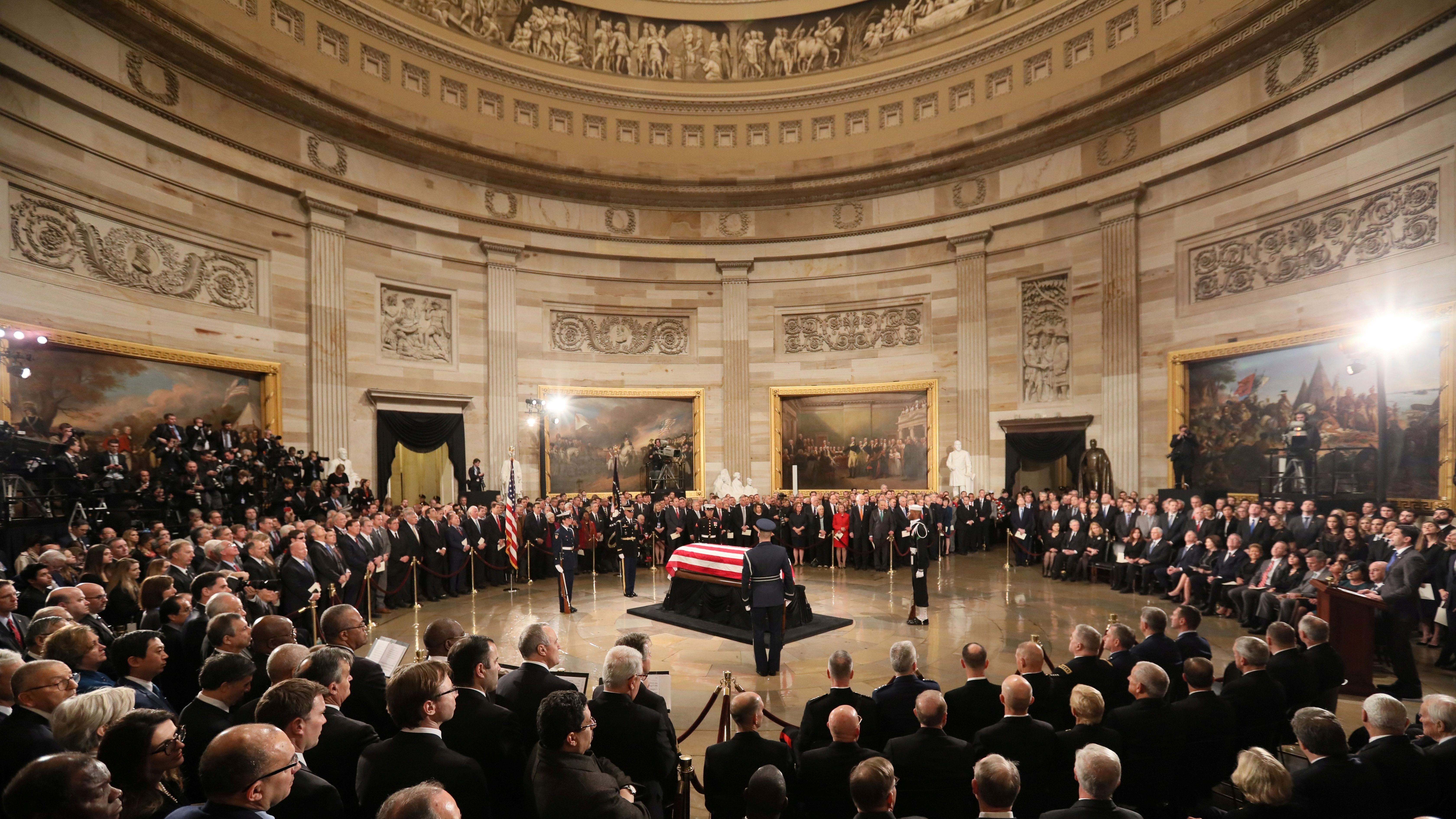 George H W Bush Funeral Service Schedule How And When To Watch