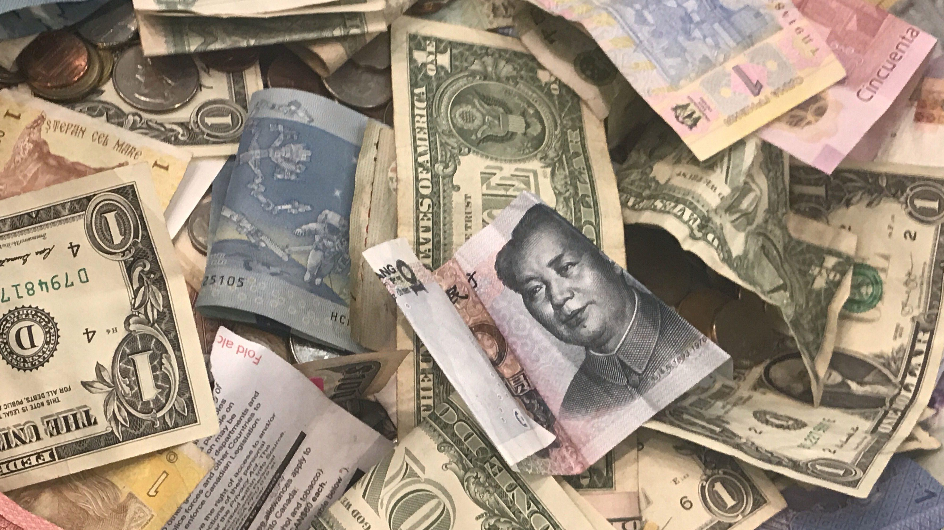 Image of various international currencies