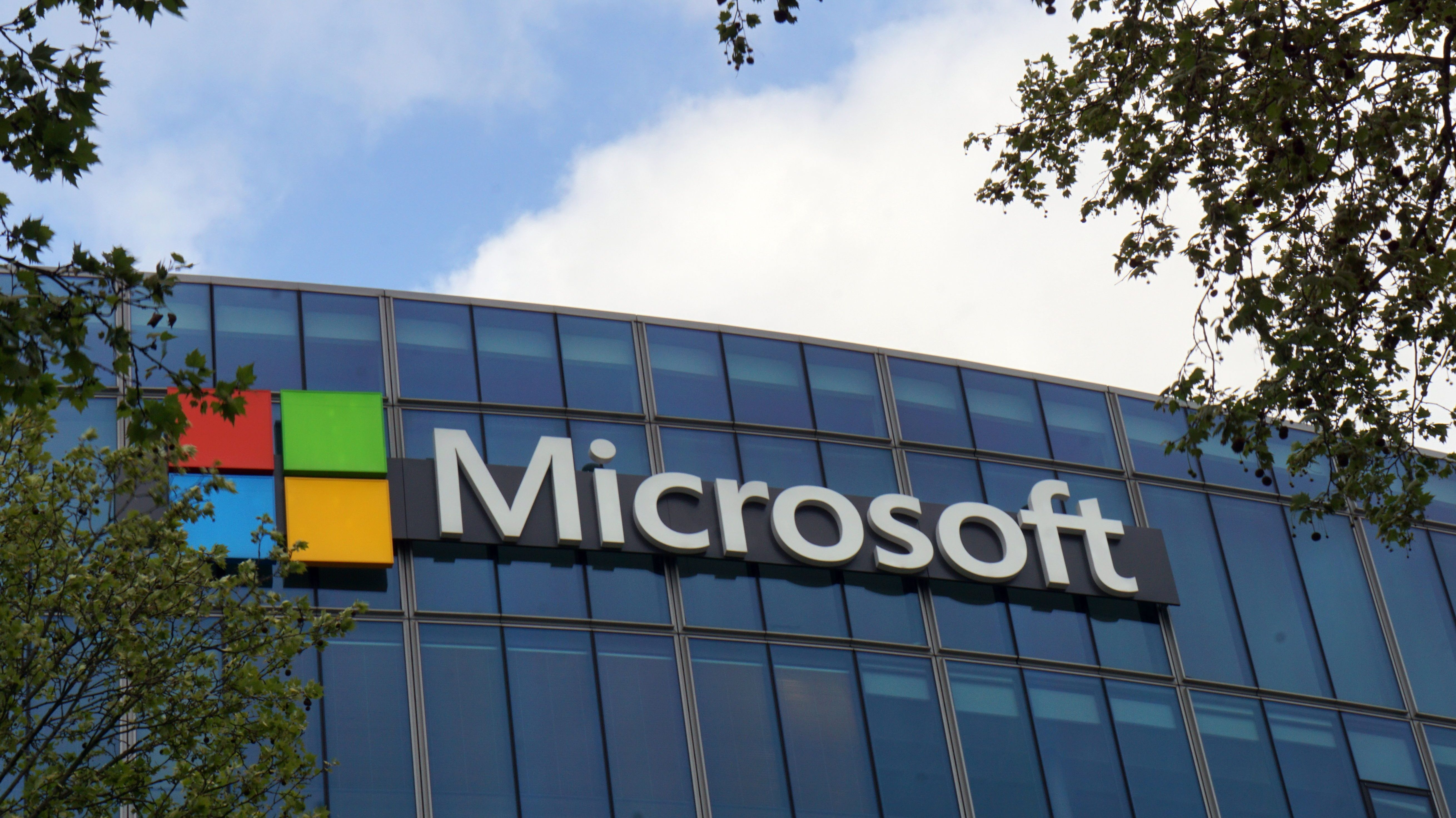 Microsoft Teams is quickly gaining ground on Slack