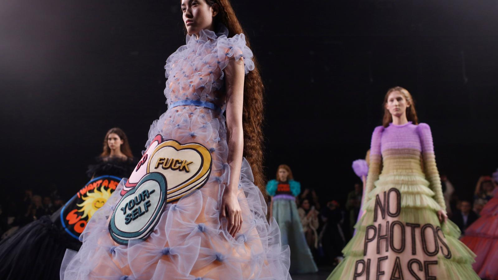 Viktor Rolf Made Couture Fashion Statements For The Meme Age Quartz