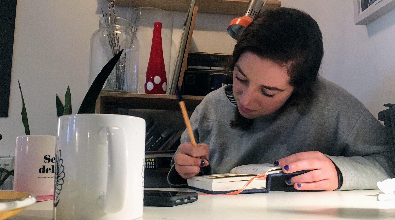 Leah Fessler writing
