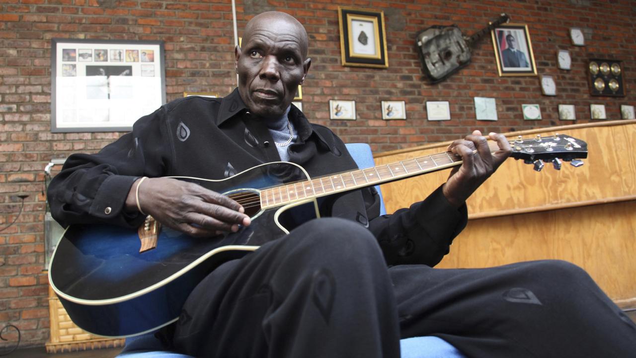 Oliver Mtukudzi, legendary Zimbabwean musician, dead at 66