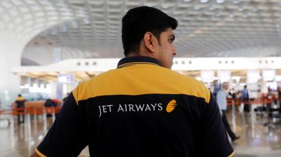 Jet Airways, others must clear debt to benefit from cheap ATF