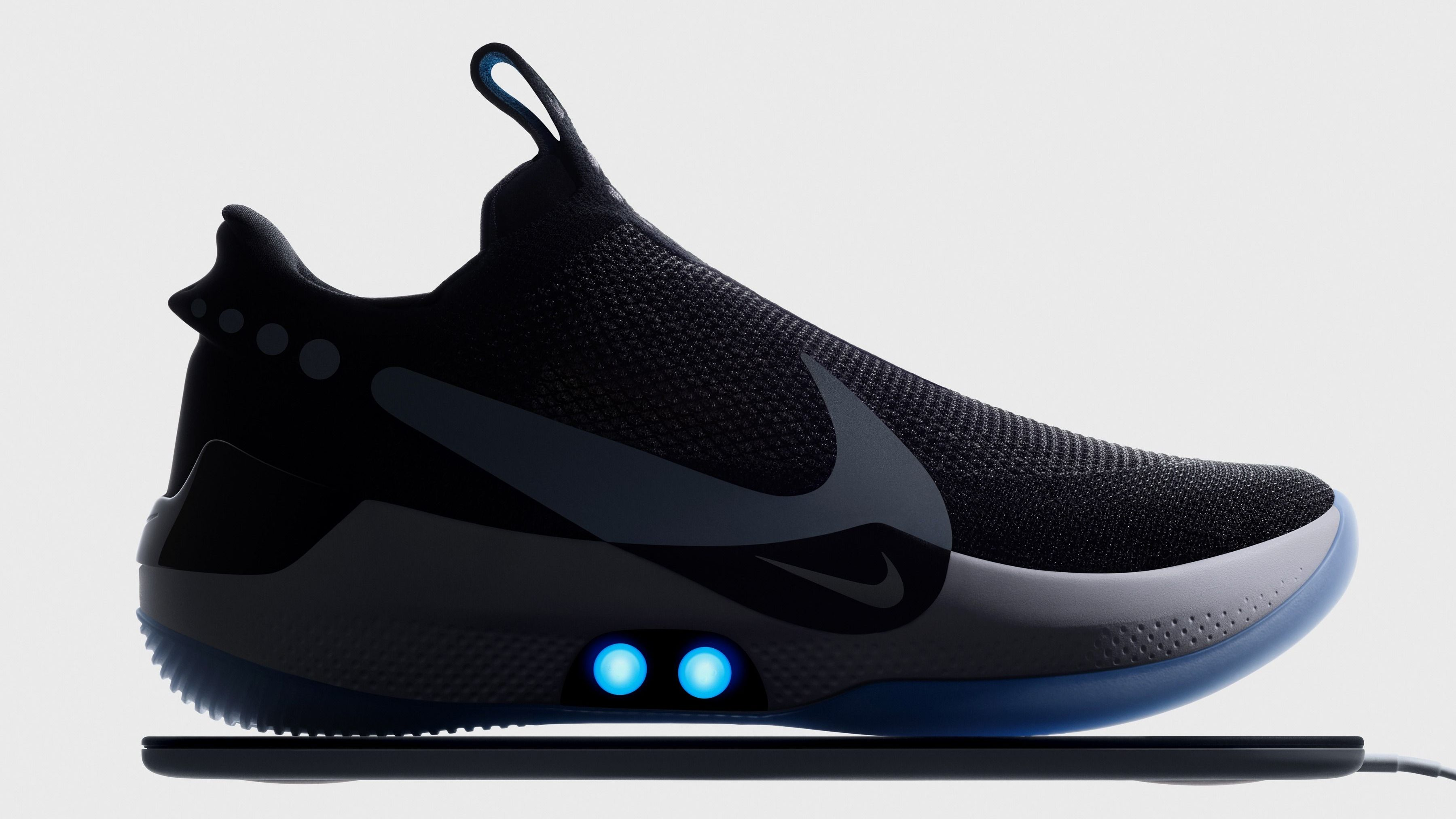 "Nike's new $350 ""smart"" shoe is its most unusual sneaker yet"