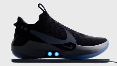 "half off 56d9b b0fca Nike s new  350 ""smart"" shoe is its most unusual sneaker yet"