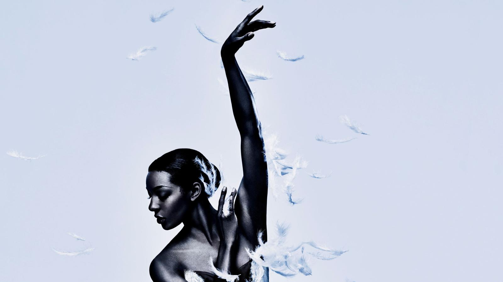 English National Ballet S Swan Lake Ad Is The Story Of Race In Ballet Quartz At Work