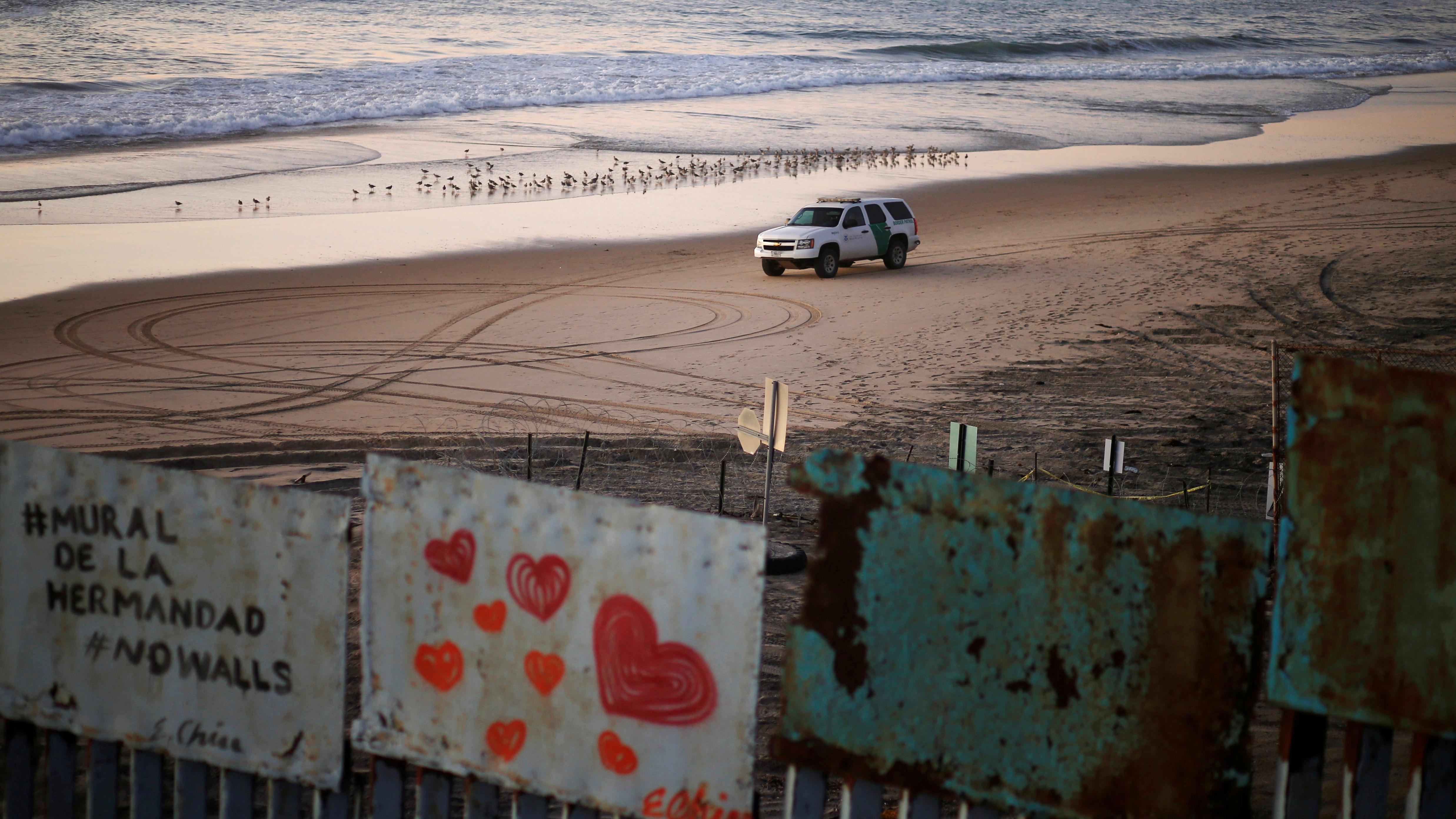 The Trump border wall faces a serious legal obstacle — Quartz