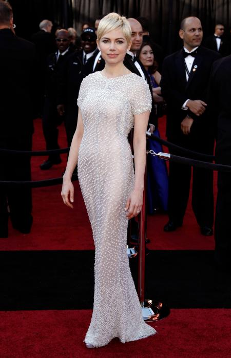 Actress Michelle Williams arrives before the 83rd Academy Awards on Sunday, Feb. 27, 2011, in the Hollywood section of Los Angeles. (AP Photo/Matt Sayles)