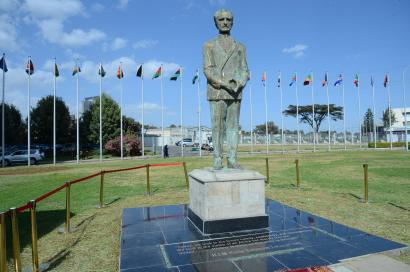 Ethiopia's Haile Selassie African Union statue sparks outrage