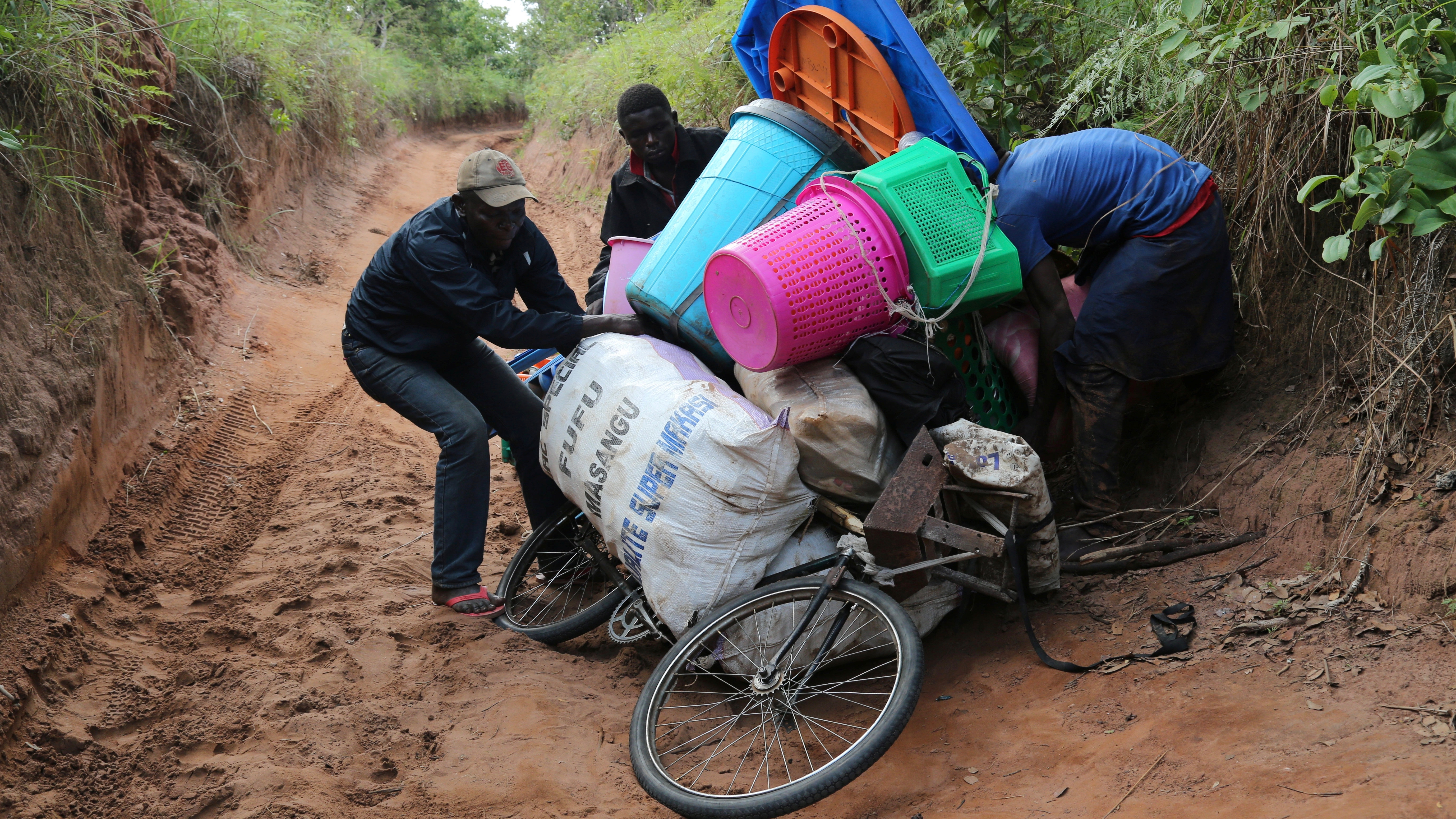Migration: Only 20% of migrants leave Africa, AU to research data.