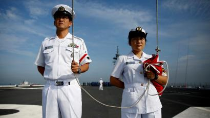Japan's male and female sailors demonstrate gender equality.