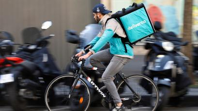 The gig economy is quietly undermining a century of worker