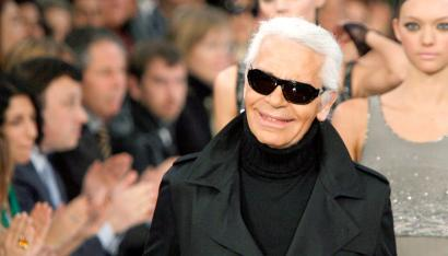 Remember Karl Lagerfeld As A Designer But Also As A Comedian Quartz