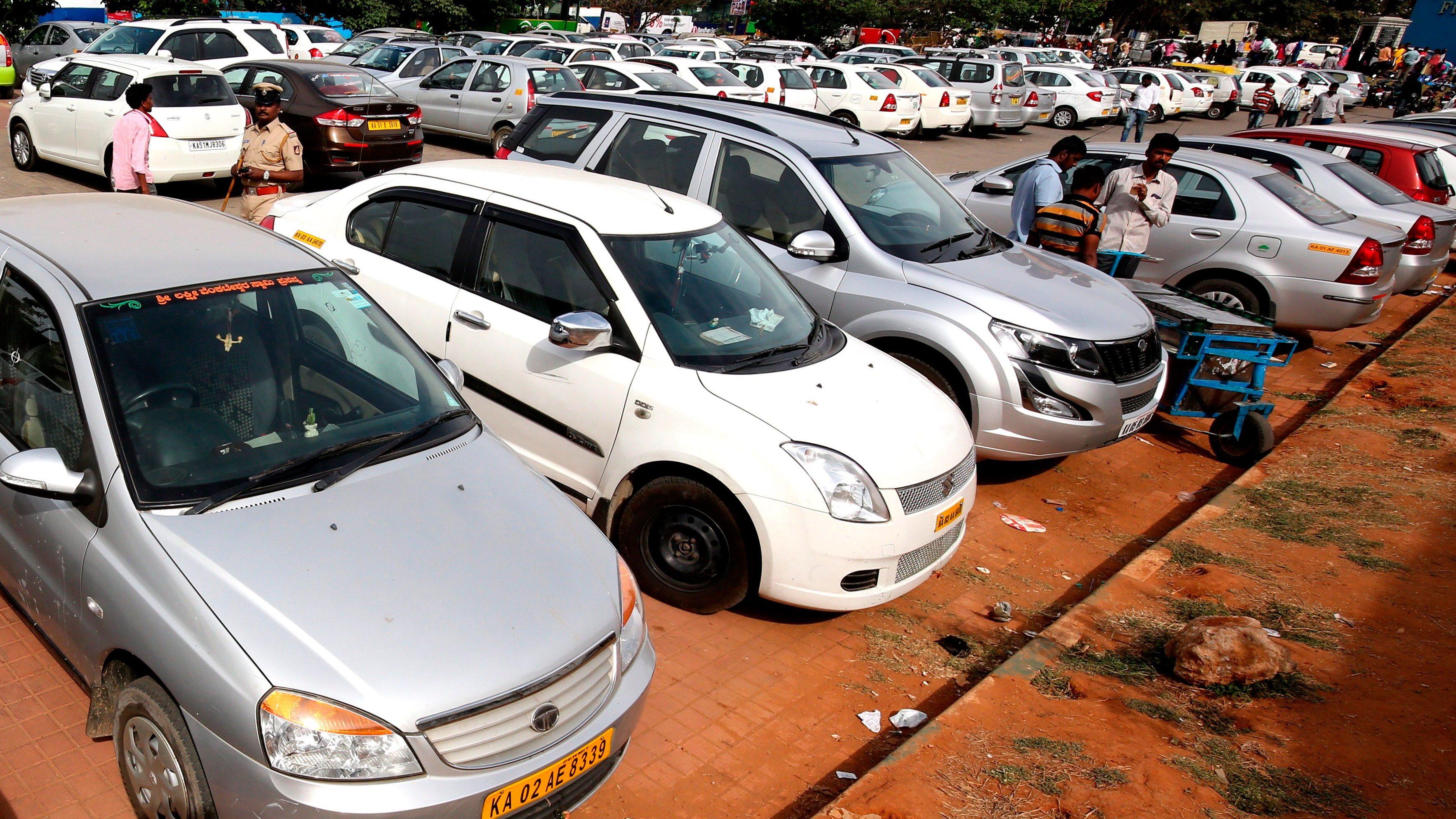 Ola and Uber drivers go on strike in Bangalore, India - 02 Mar 2017
