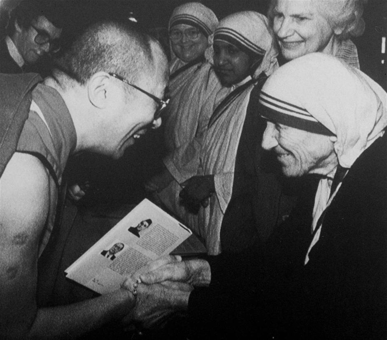 Dalai Lama meets Mother Theresa