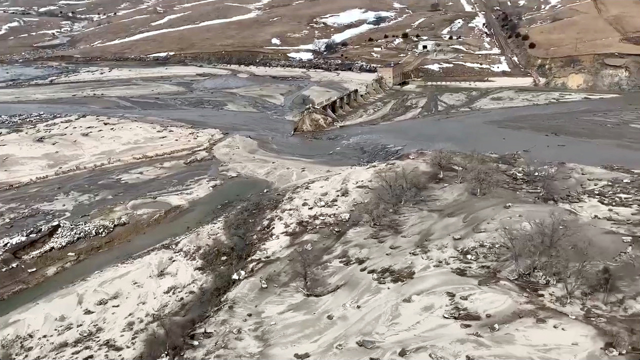 Aerial pictures show the scale of Midwest flooding — Quartz