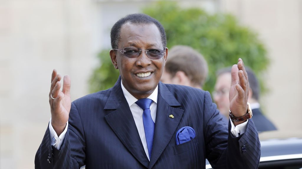 Chadian President Idriss Deby Waves at the Photographers As He Leaves the Elysee Palace After a Meeting with French President Francois Hollande in Paris France 14 May 2015 the Discussions Were Mainly Focused Around the Situation in Burundi and Boko Haram France Paris France Chad Deby Diplomacy - May 2015