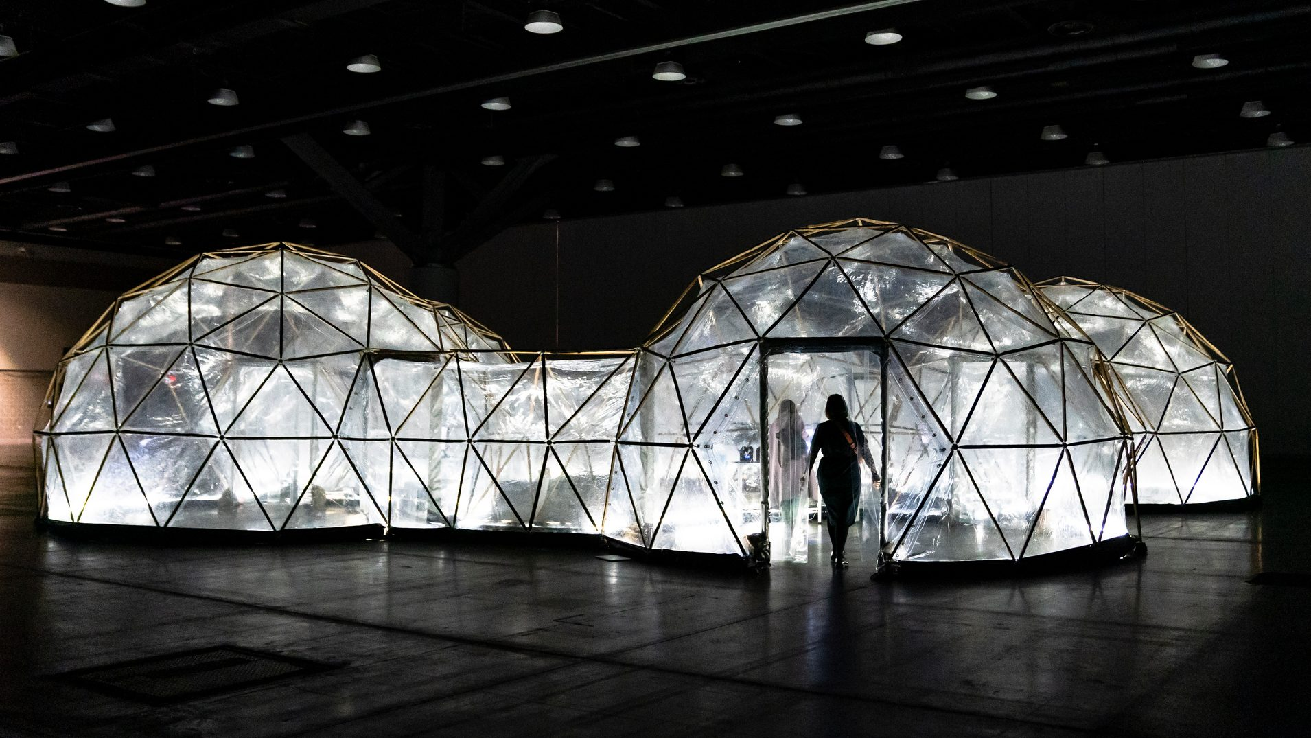 Pollution Pods lets you experience the smog of five cities
