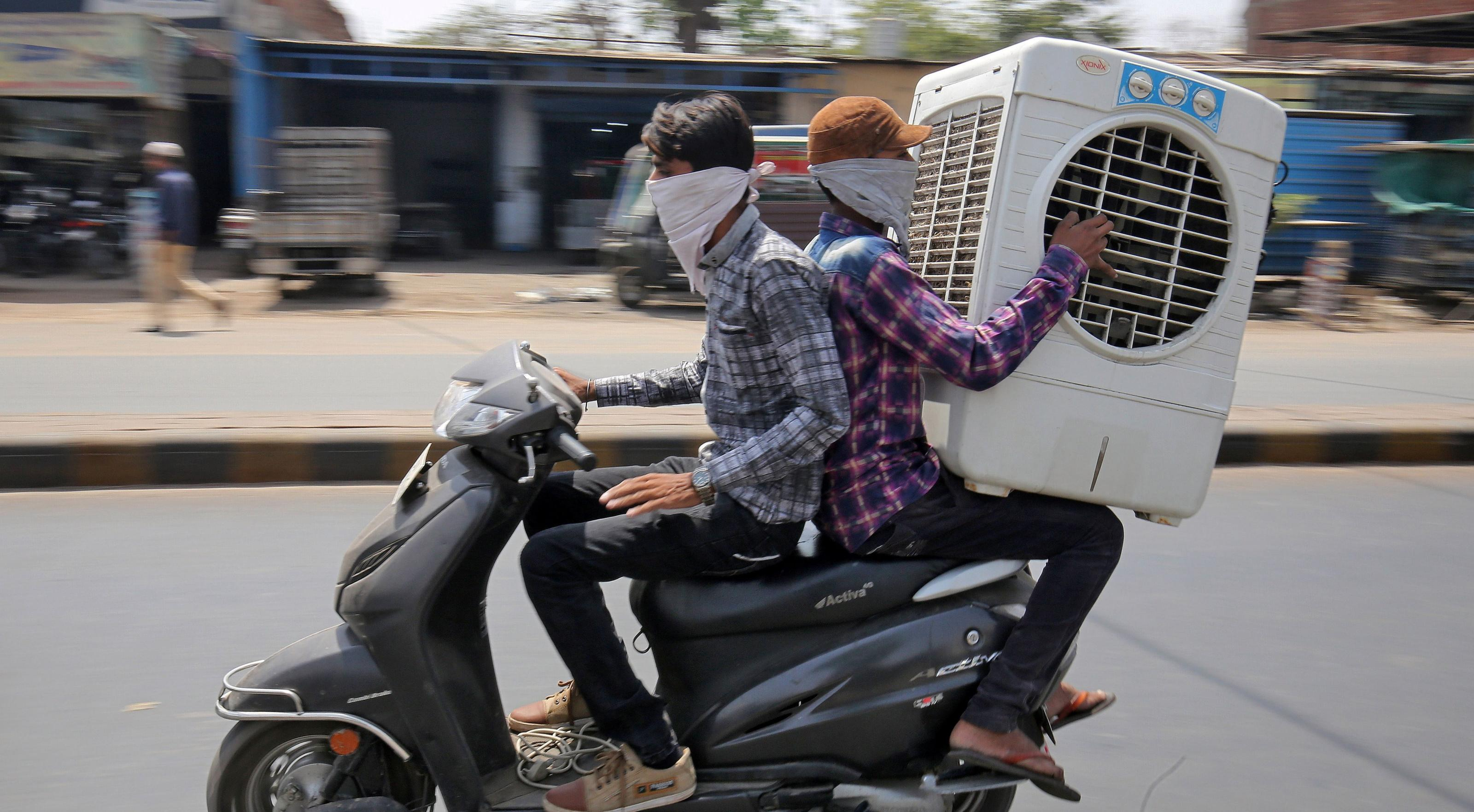 Indians to pay more for power as IMD predicts record temperatures