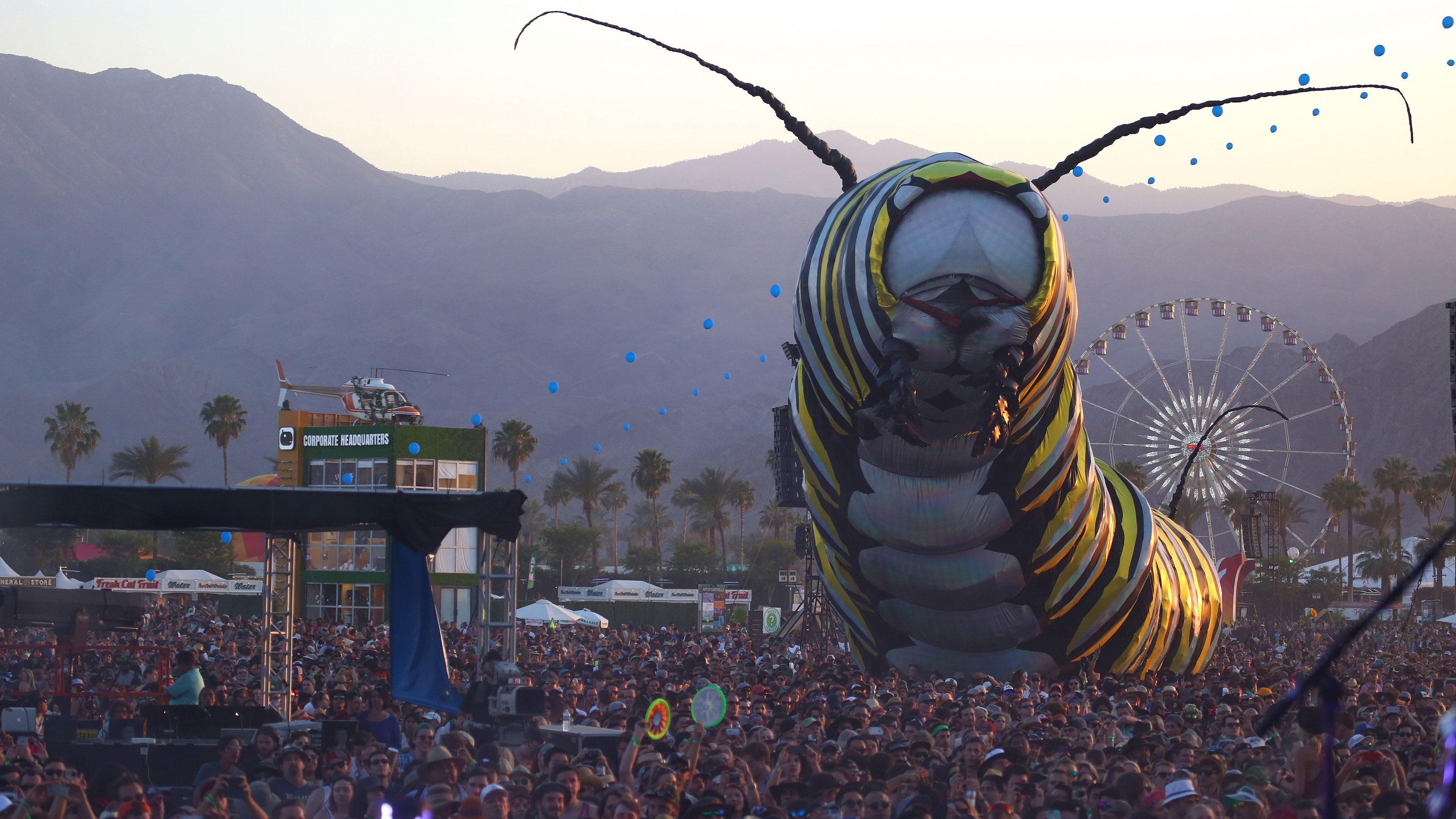 O Festival de Música e Artes Coachella - Fim de semana 2 na sexta-feira, 17 de abril de 2015