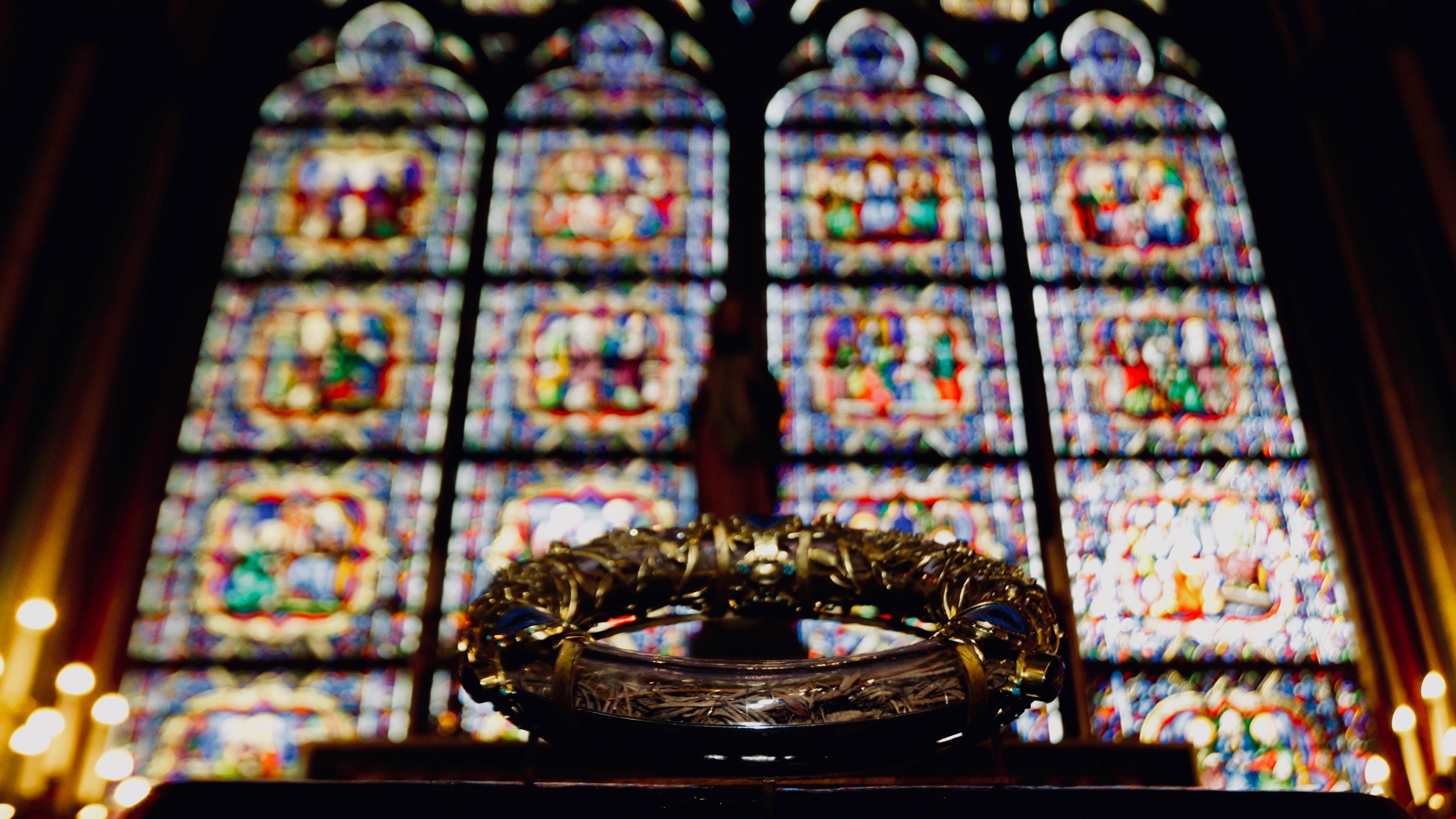 The Holy Crown of Thorns on display at Notre Dame Cathedral in 2014.