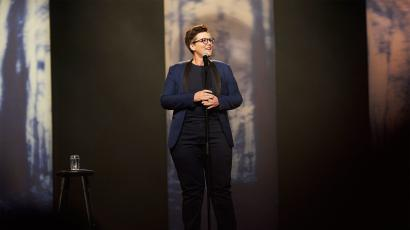 "Hannah Gadsby on her Netflix special ""Nanette"""