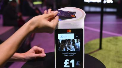Visa and Mastercard are using public transit to push contactless cards.