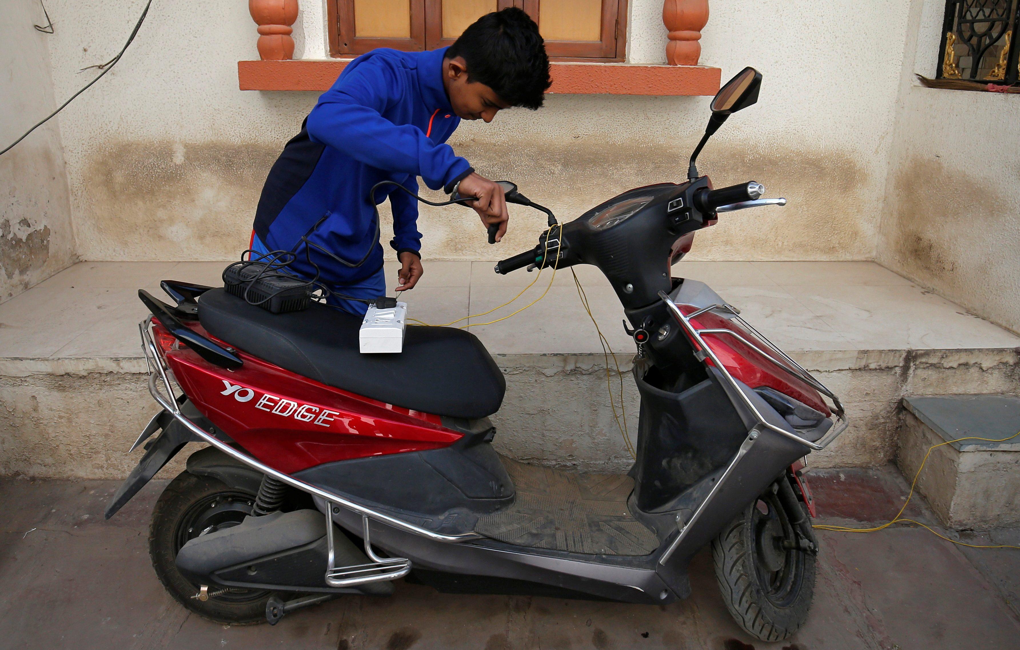 EV, India, 2019, 2030