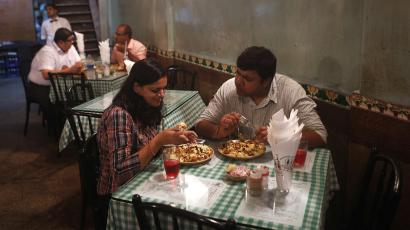 food-india-restaurant-millennial