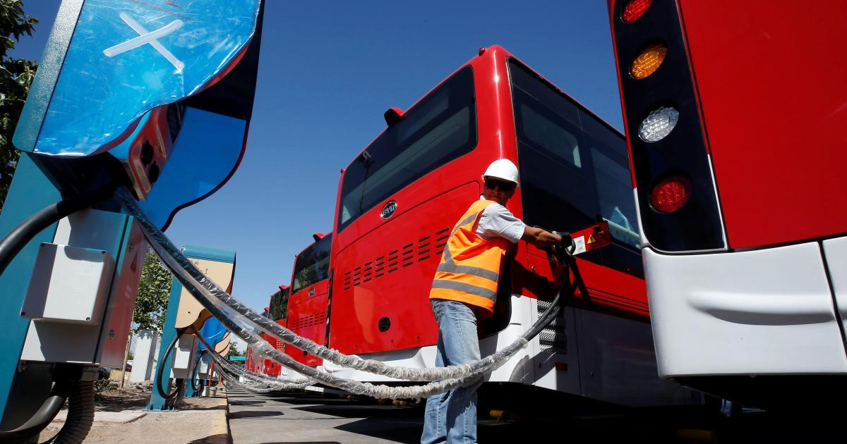 Bus Fleets Are Likely To Go Electric First Quartz