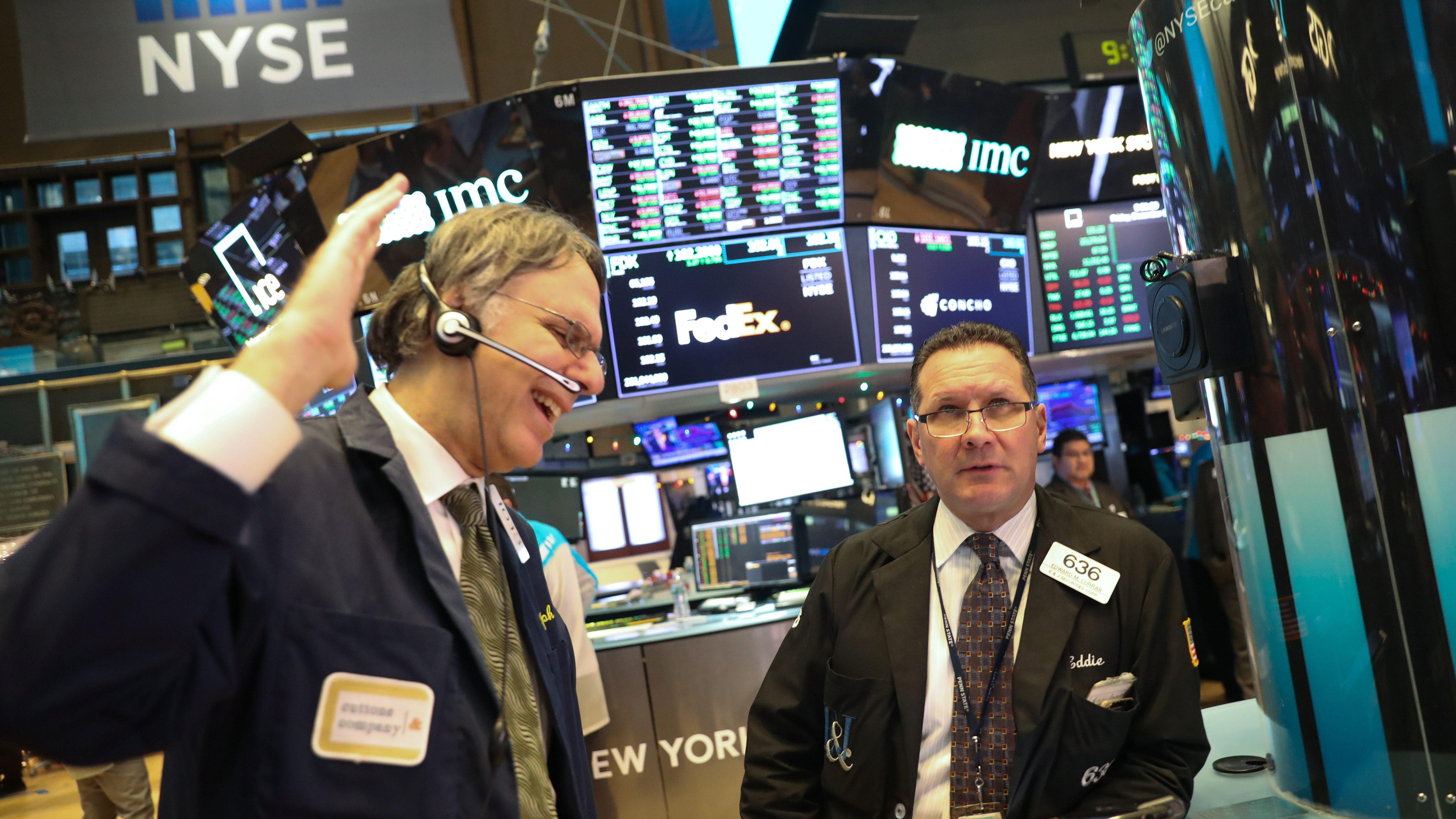 A new S&P 500 index promotes ESG investing — Quartz