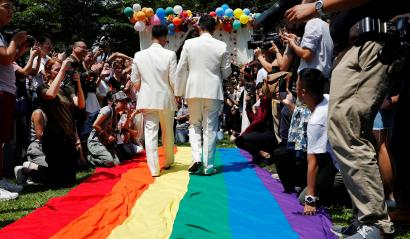 First gay marriages in Taiwan