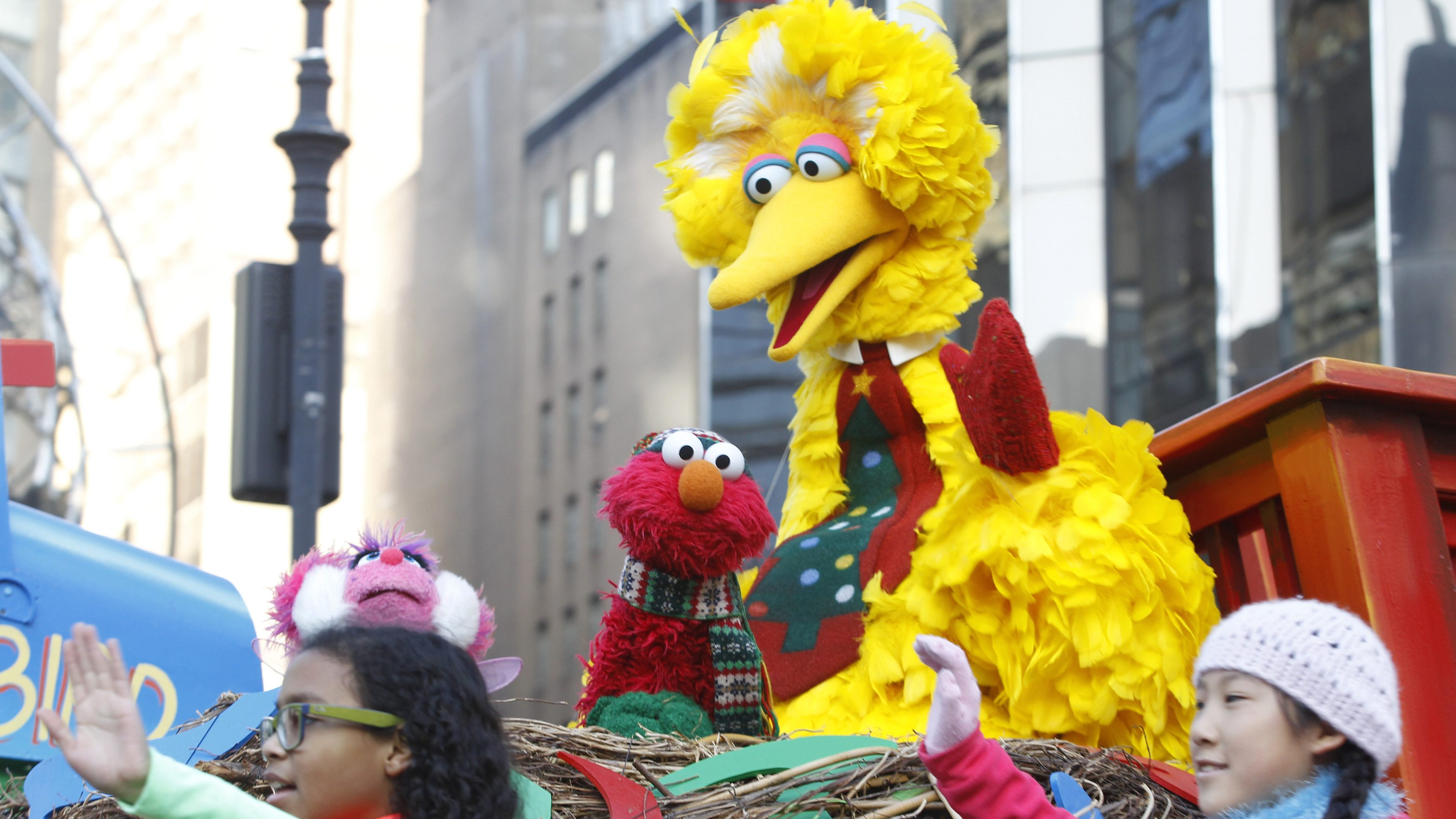 Elmo and Big Bird in the Macys parade