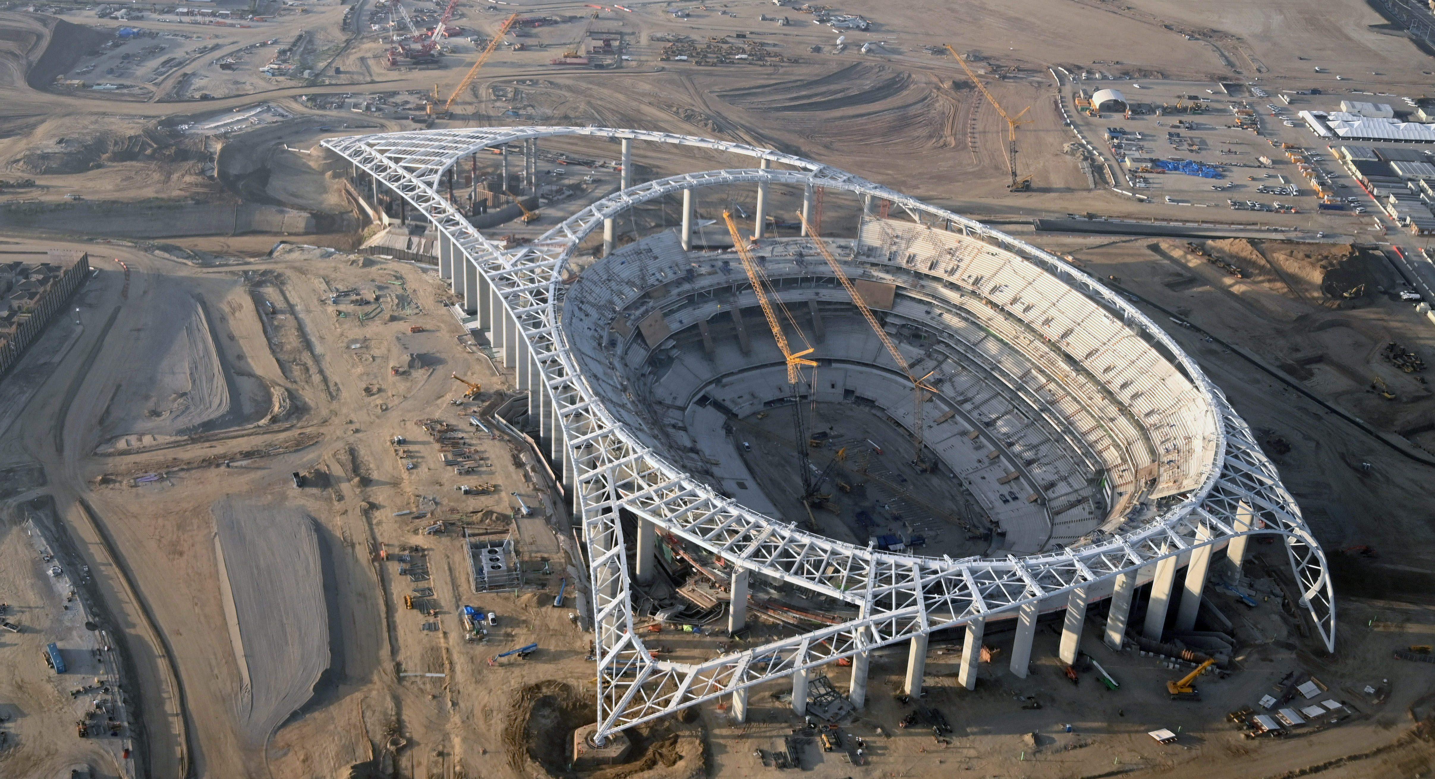 SoFI may spend $400 million on naming LA's new football stadium