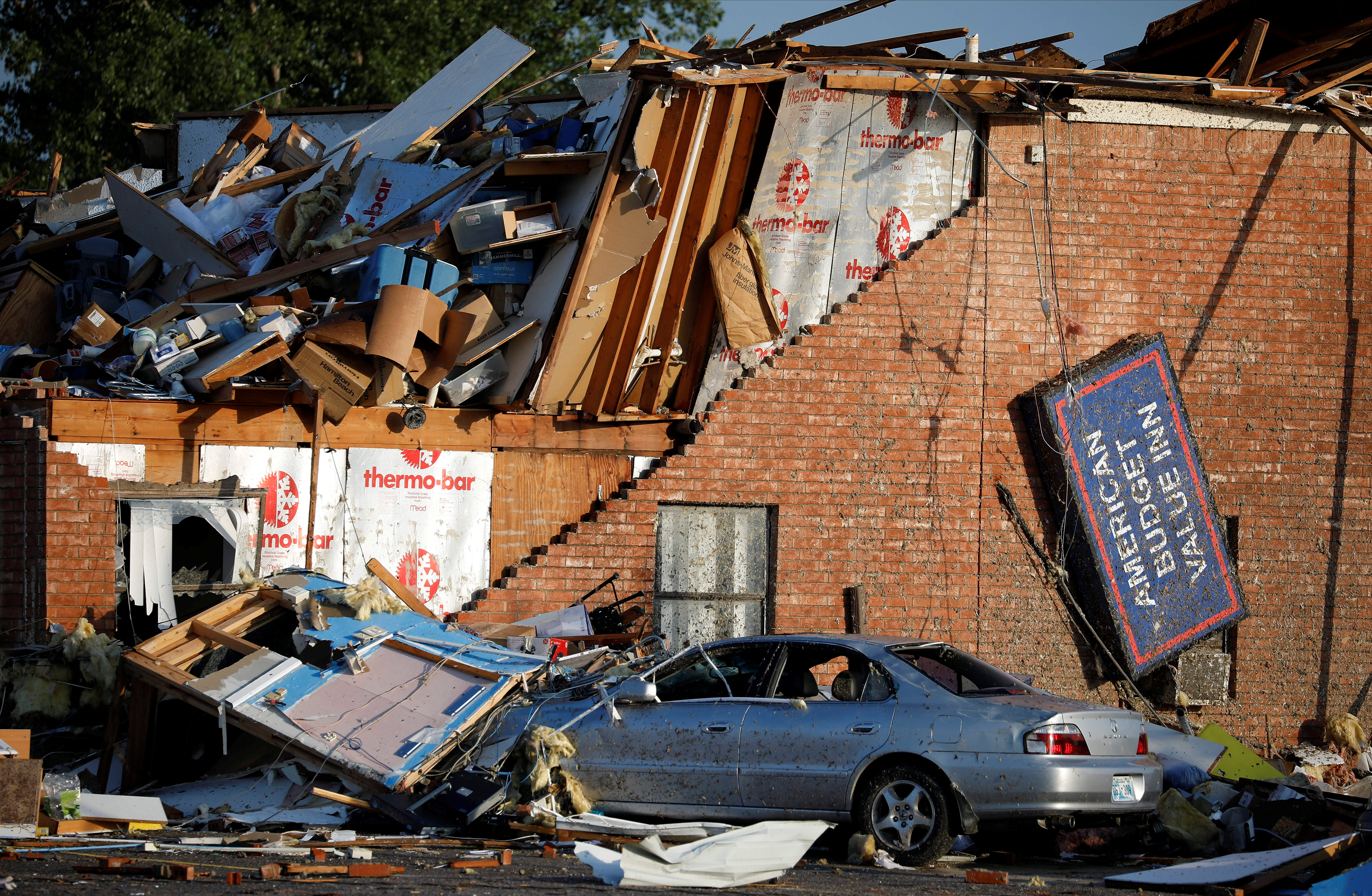 Toyota Dealership Dayton Ohio >> Photos of tornadoes in Pennsylvania, Oklahoma, Kansas and ...