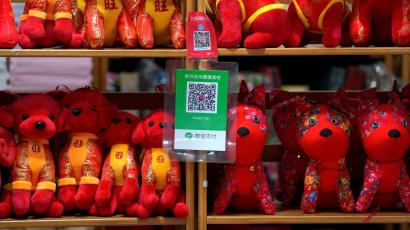 Alipay teams up with European smartphone wallets for QR-code