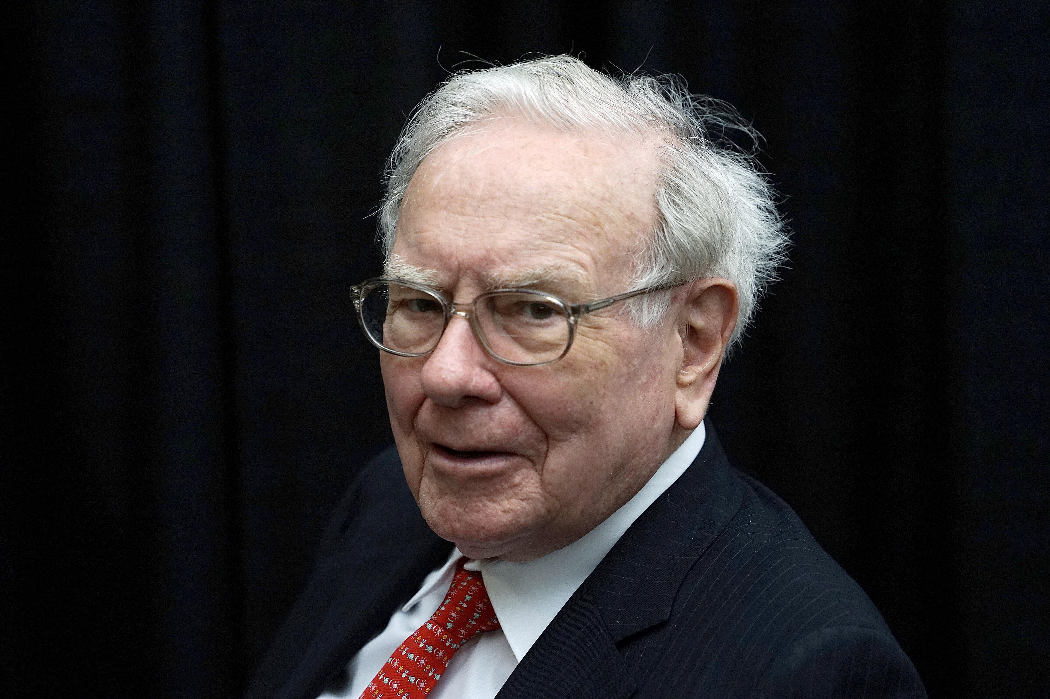 Who is Warren Buffett's lunch date, Tron CEO Justin Sun