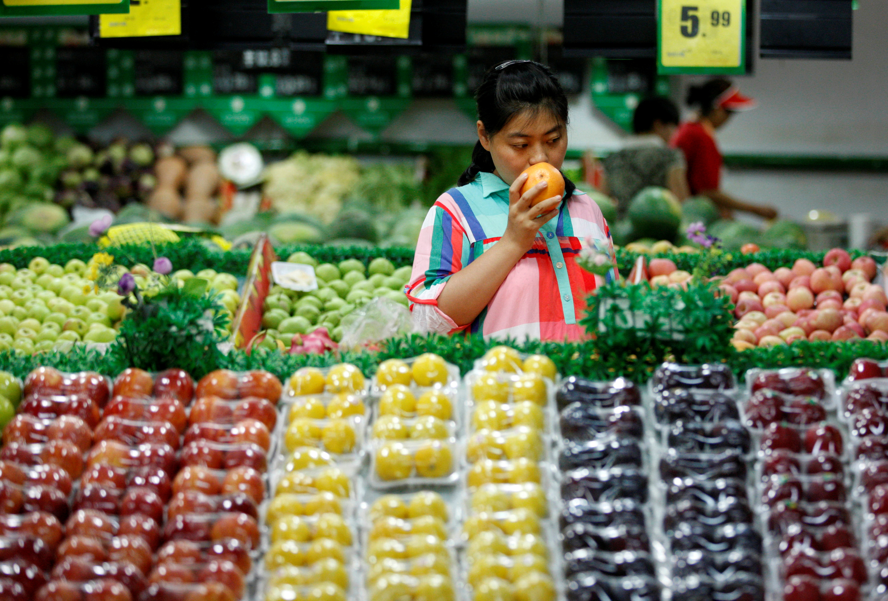 Carrefour sells 80% of China grocery business — Quartz