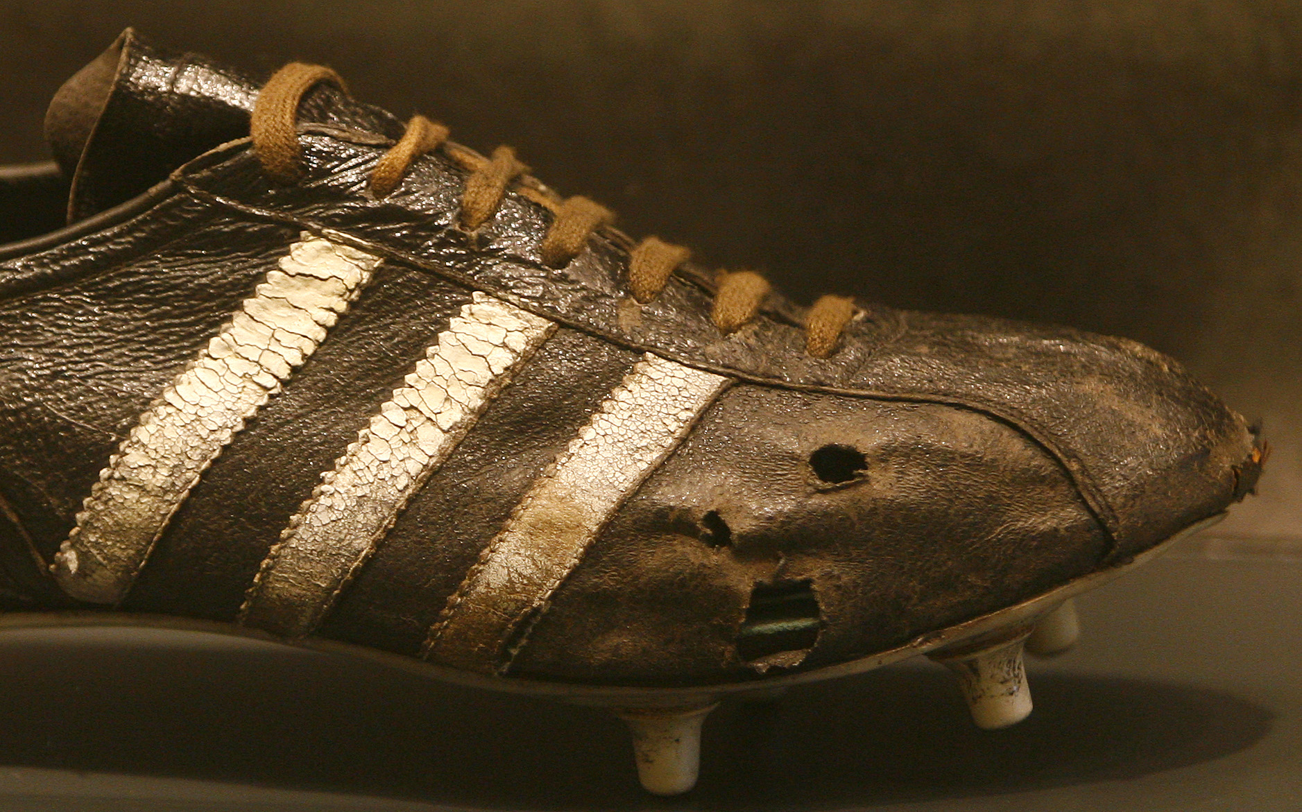 Adidas has sued pretty much everyone who has used stripes