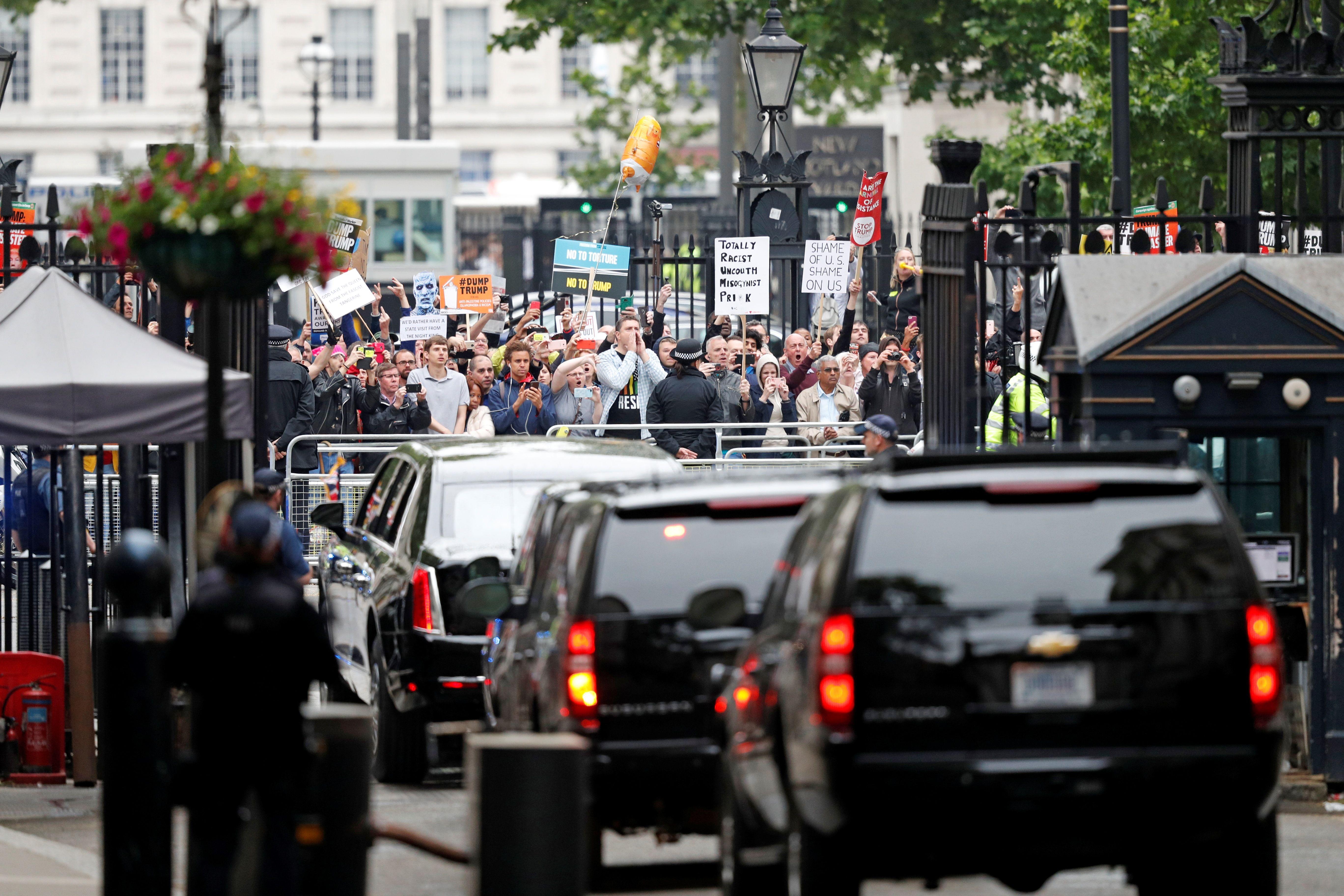 Anti-Trump protests on London, in photos — Quartz