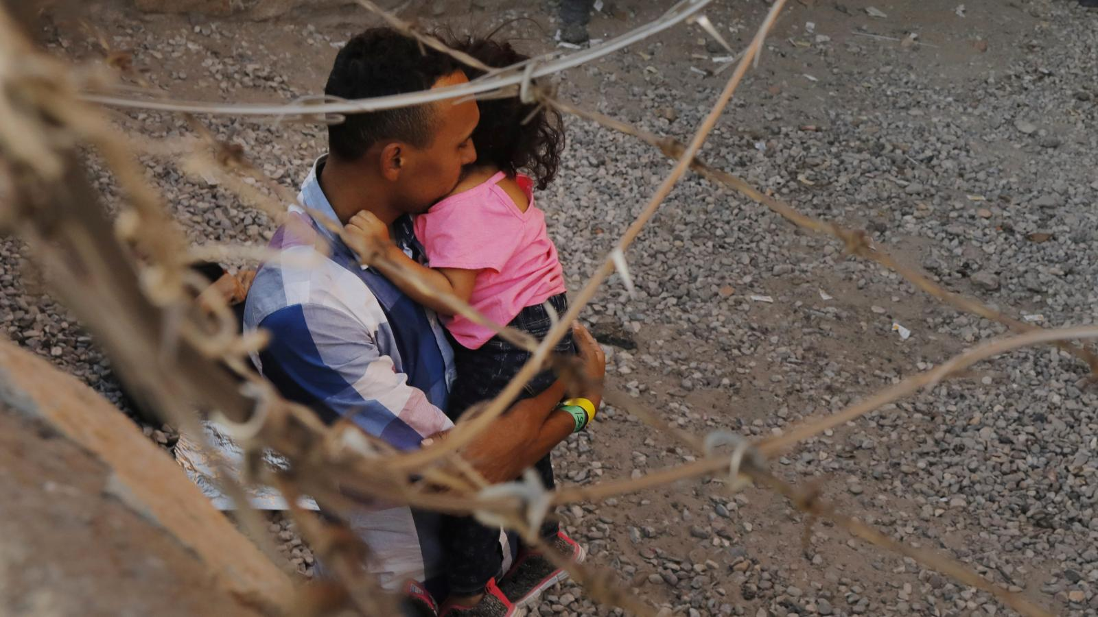 Majority in National Survey Against Separating Immigrant Families At US/Mexico Border